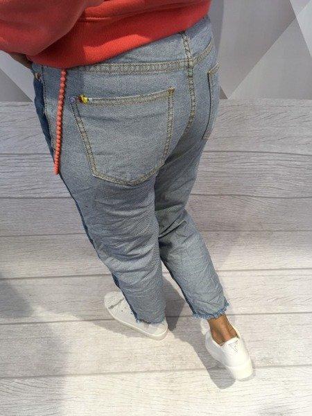 Jeansy z łańcuszkiem S.