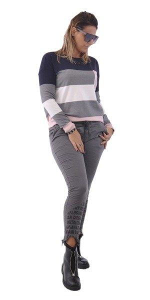 Spodnie szare z napisami