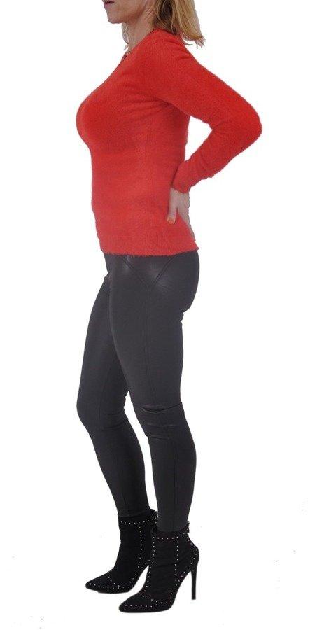 Sweter czerwony długi