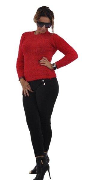 Sweter czerwony z włosem