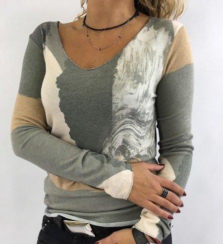 Sweter wzór oliwka